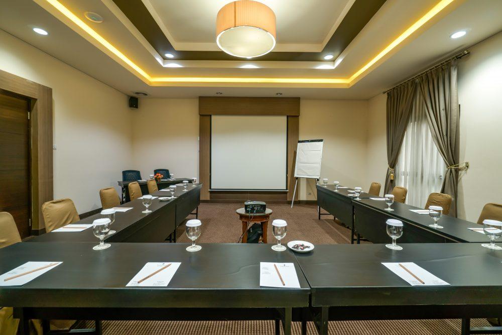Layout ruang meeting Jakarta Selatan